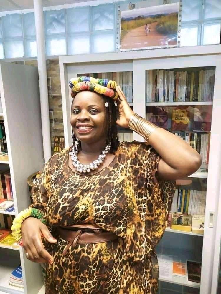 Céleste Bassaboukila aide la femme africaine pour l'estime de soi