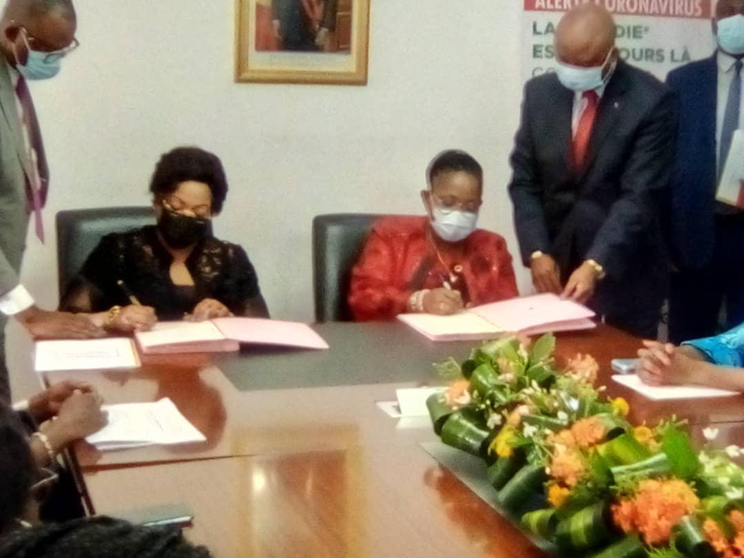 Passation de service entre le ministre de la promotion de la femme entrant et sortant